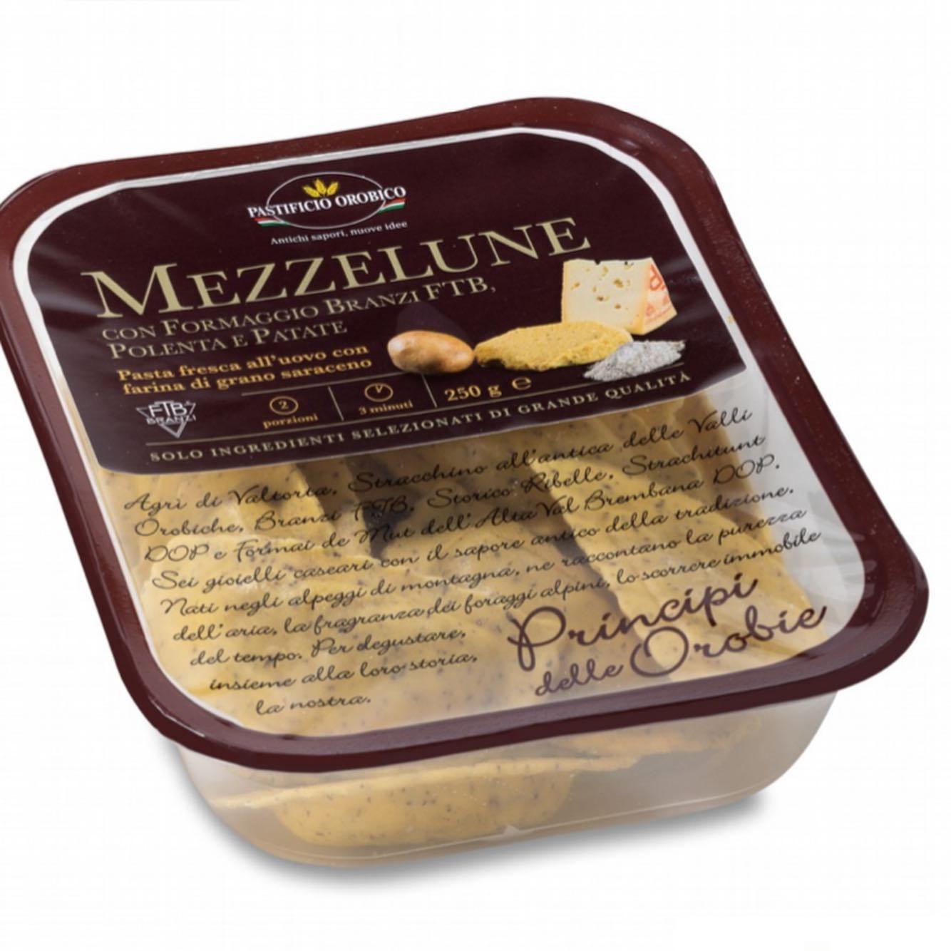 Mezze-Lune-Con-Formaggio-Branzi-Ftb-Polenta-E-Patate